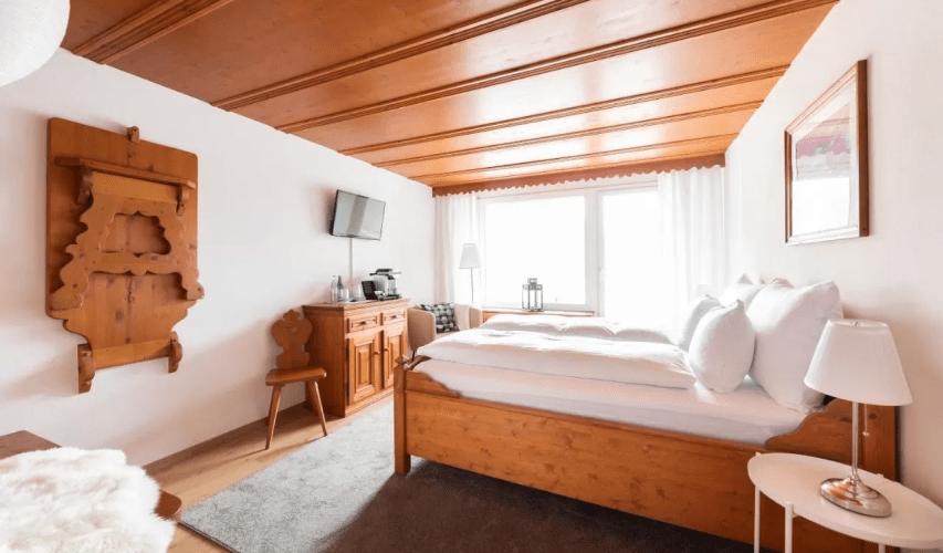 02.hotchillee_suisse_gravel_Eden_Hotel